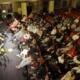 Koululuokka elokuvateatterissa: Taidetestaajat-hankkeen mykkäelokuvatyöpaja Elokuvateatteri Orionissa