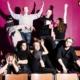 Ryhmäkuvassa Rare-median nuoret